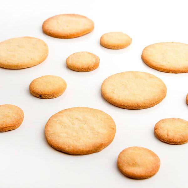 Bases redondas de pasta brisa 6,5 y 3,6 cm para postres y elaboraciones